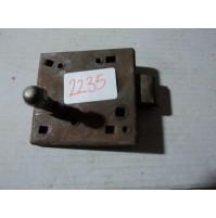 2235 - serratura fiat 682