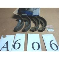 A606 - BENDIX 361417B - KIT SET GANASCE FRENI - opel kadett  ascona vectra