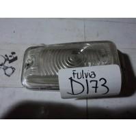 D173 - PLASTICA FRECCIA FANALINO BIANCA LANCIA FULVIA
