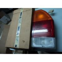 E2408 - FARO FANALE POSTERIORE DESTRO DX LANCIA BETA 82356297 BERLINA