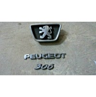 M2519 XX - STOCK LOGO SCRITTA EMBLEM BADGE STEMMA PEUGEOT 306
