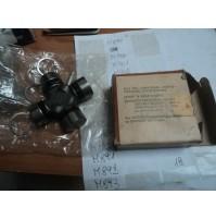 M888 XX - GIUNTO CROCIERA GUJ107 TRIUMPH TR4 TR5 TR6 RANGE ROVER